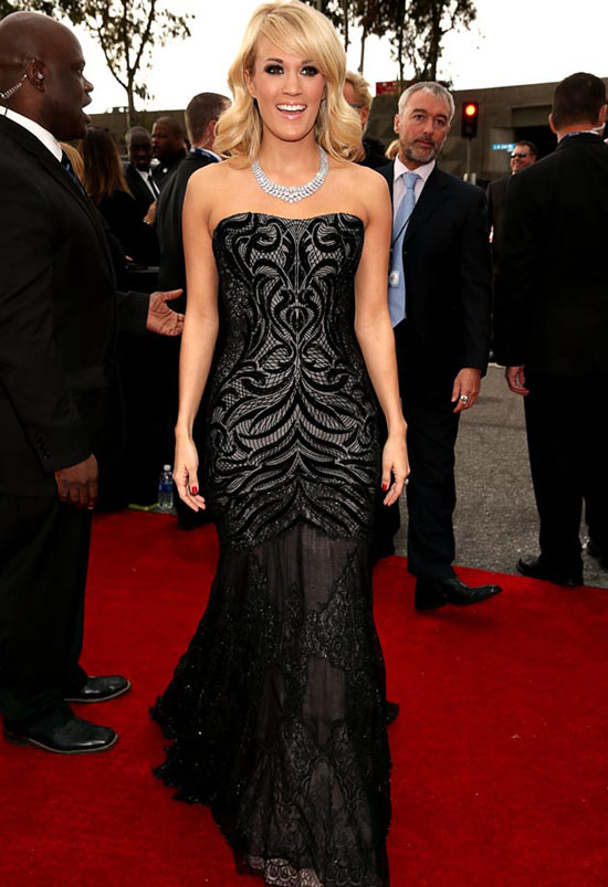 Carrie-Underwood-2013-Grammys-Dressed