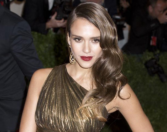 Jessica-Alba-Rushes-to-Hospital