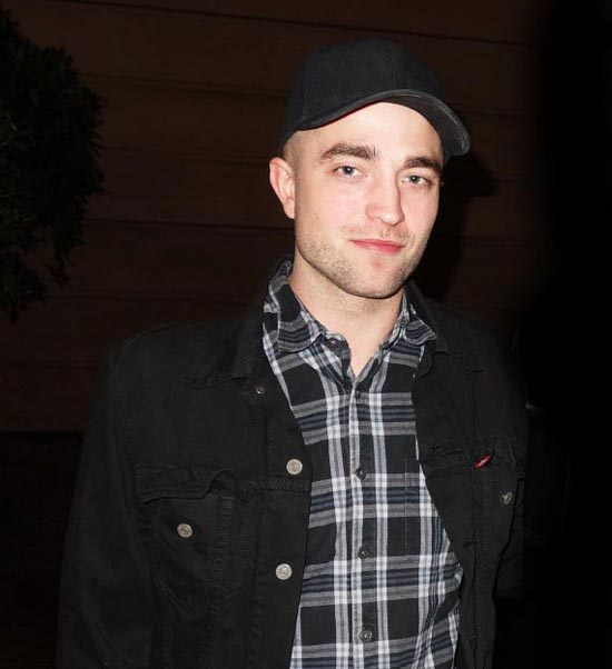 EXCLUSIVE: Robert Pattinson spotted out in Adelaide, South Australia