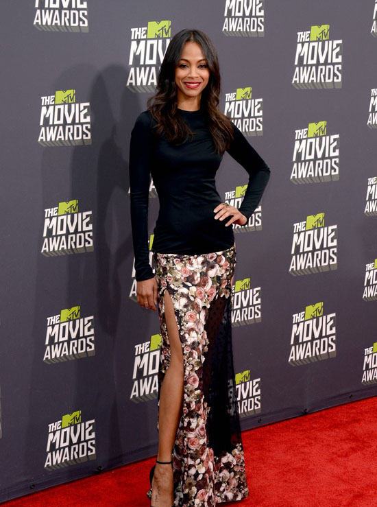 zoe-saldana-mtv-movie-awards-2013-red-carpet-01